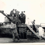 Panzerbesichtigung auf dem Volksfest Grafenwöhr um 1960 -- Bild: Archiv Kultur- und Militärmuseum Grafenwöhr