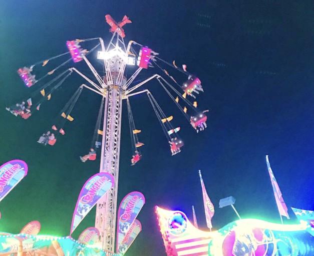 Deutsch-Amerikanisches Volksfest Grafenwöhr 2019, Fahrgeschäft Aviator -- Bild: volksfest-grafenwoehr.de