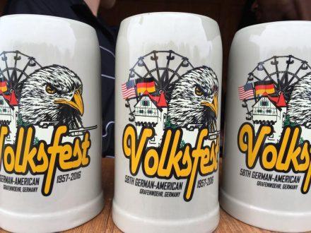 Bierkrug des Volksfest Grafenwöhr 2016 -- Bild: volksfest-grafenwoehr.de