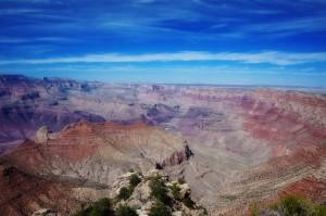 Einmal an den Klippen des Grand Canyon in Arizona stehen? - Der Urlaubskredit lässt diesen Traum in Erfüllung gehen -- Photo Credit: volksfest-grafenwoehr.de