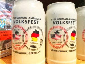 Masskrug des Deutsch-Amerikanischen Volksfest Grafenwöhr 2019 -- Bild: volksfest-grafenwoehr.de