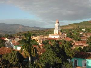 Eine der größten Touristenattraktionen in Trinidad  ist die Plaza Mayor, deren Flair noch heute an die Kolonialzeit erinnert. -- Bild: wikipedia.org/Dieter Mueller, dino1948