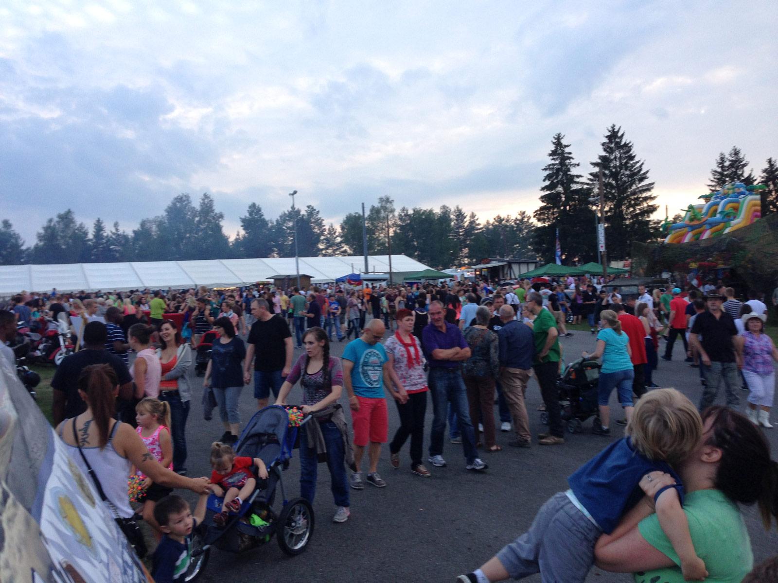 Deutsch-Amerikanisches Volksfest Grafenwöhr auch 2015