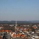 Blick über Grafenwöhr vom Wasserturm auf dem Truppenübungsplatz - Bild: volksfest-grafenwoehr.de